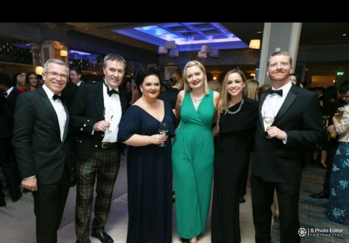 Amie VIP wearing a green culotte jumpsuit standing in the middle of tram eir at the 2017 CSRAwards